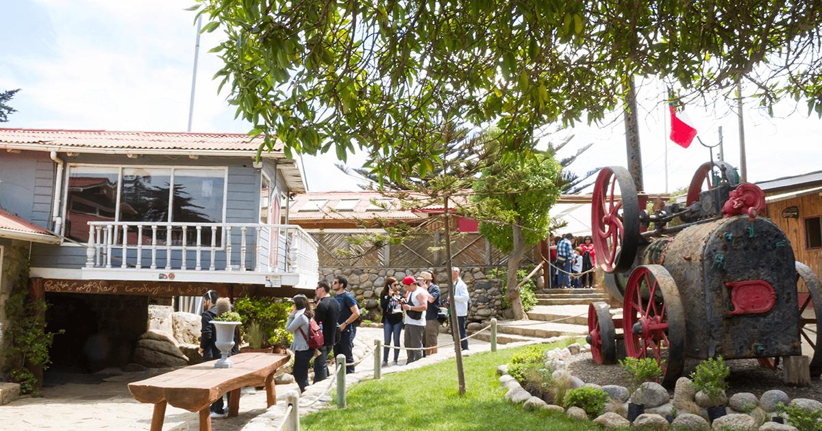 Isla Negra de Pablo Neruda | Vino Gato