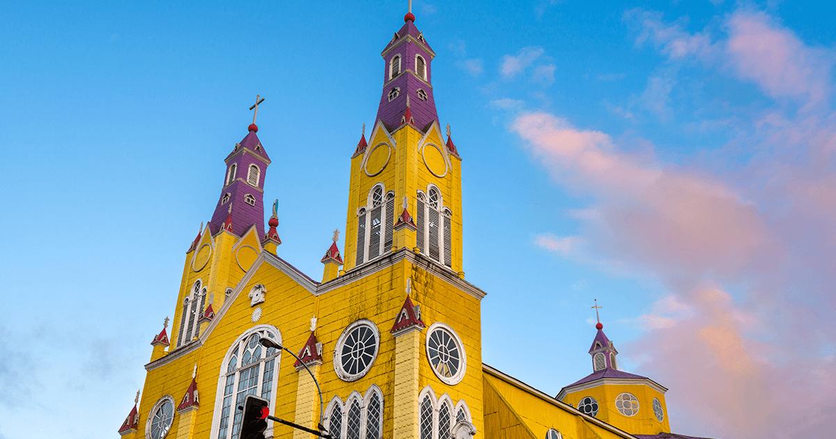 Iglesia de San Francisco, Castro   Vino Gato