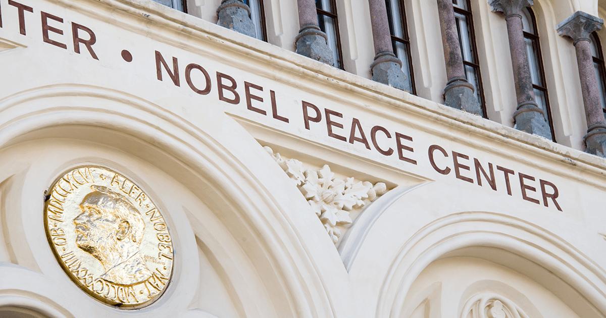 Premios Nobel Chilenos | Vino Gato